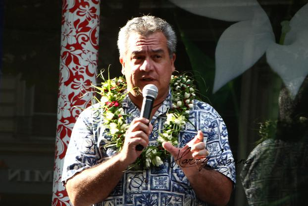 le Ministre  de la culture, M.Heremoana Maamaatuaiahutapu