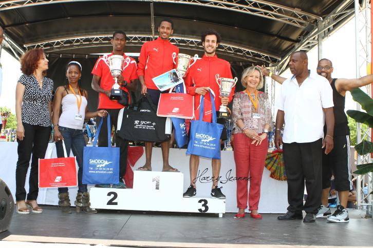 Des athlètes récompensés et des sponsors heureux