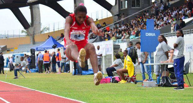 Le triple saut une affaire mauricienne. Karina jolicoeur médaille d'or comme son compatriote Jonathan Drake
