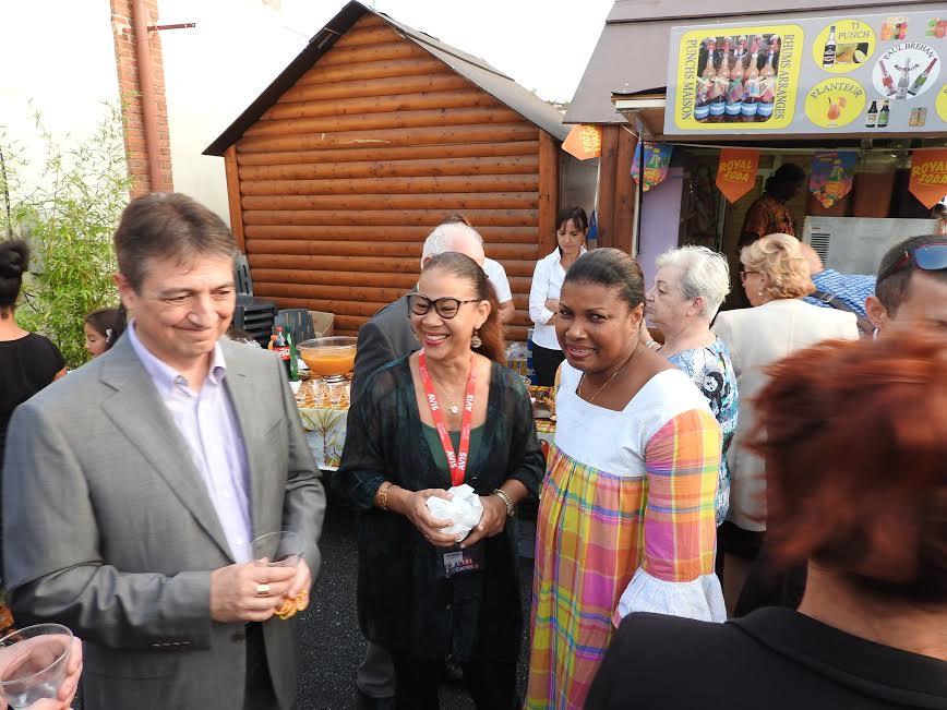 Le maire de Castres, Isabelle et la chef du restaurant Tradition Créole @Flandrina-Adonis