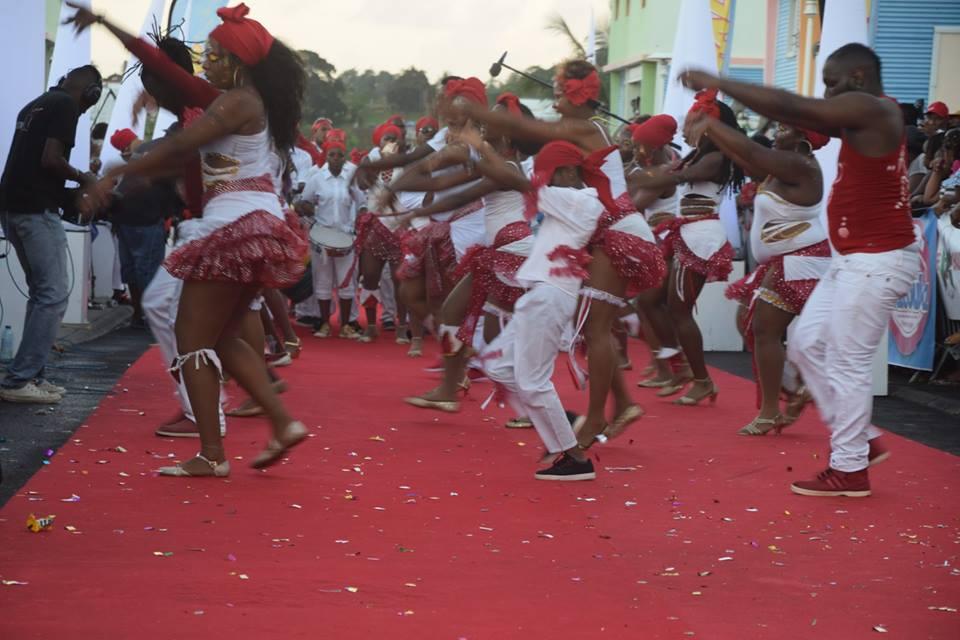carnaval 30 10